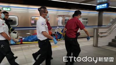 坐南港車站月台18秒後落下!女遭區間車撞飛10m亡 台鐵人員被起訴